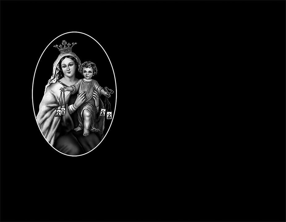 Virgen del Carmen porcelánico blanco y negro