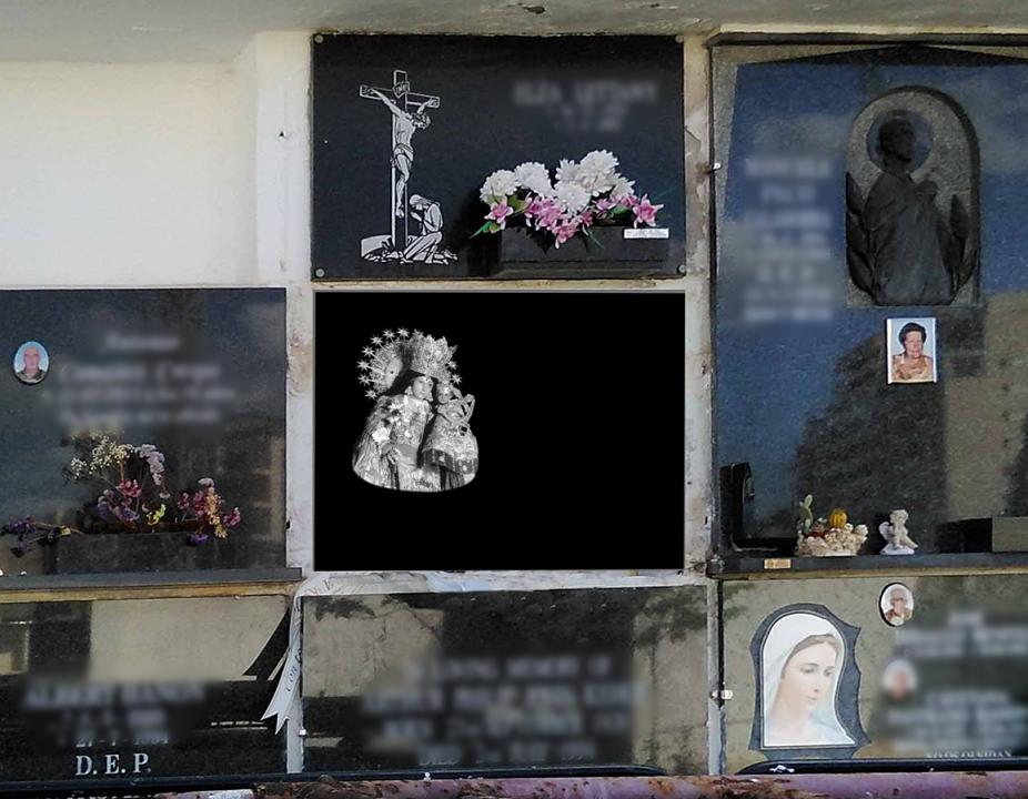 Virgen de los desamparados Valencia porcelánico blanco y negro